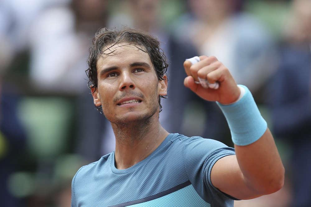 Rafael Nadal signe sa 200e victoire en Grand Chelem face à Facundo Bagnis, 99e joueur mondial. L'Espagnol bat l'Argentin (6-3, 6-0, 6-3) et se qualifie aisément pour le tour suivant, jeudi 26 mai.