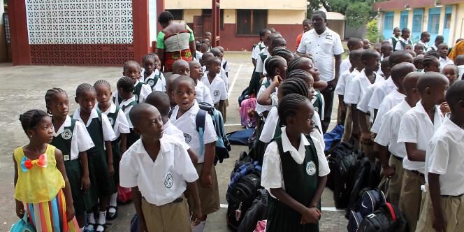 Dans une école de Monrovia, capitale du Liberia, en février 2015.