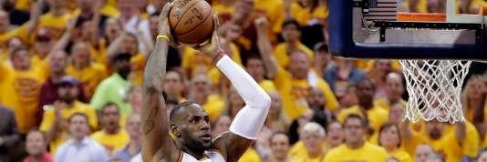 LeBron James espère apporter un premier titre à Cleveland.