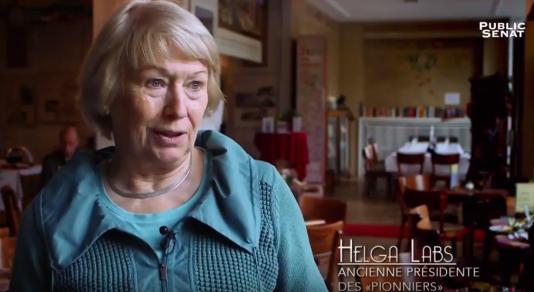 Helga Labs, ministre de l'éducationde la République démocratique allemande en 1989 et ancienne responsable des Pionniers, organisation des Jeunesses communistes (capture d'écran).