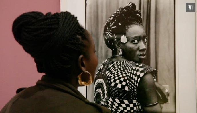 L'un des plus célèbres portraits de Seydou Keïta.