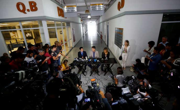 Conférence de presse des enquêteurs sur le viol de l'adolescente, vendredi 27 mai.
