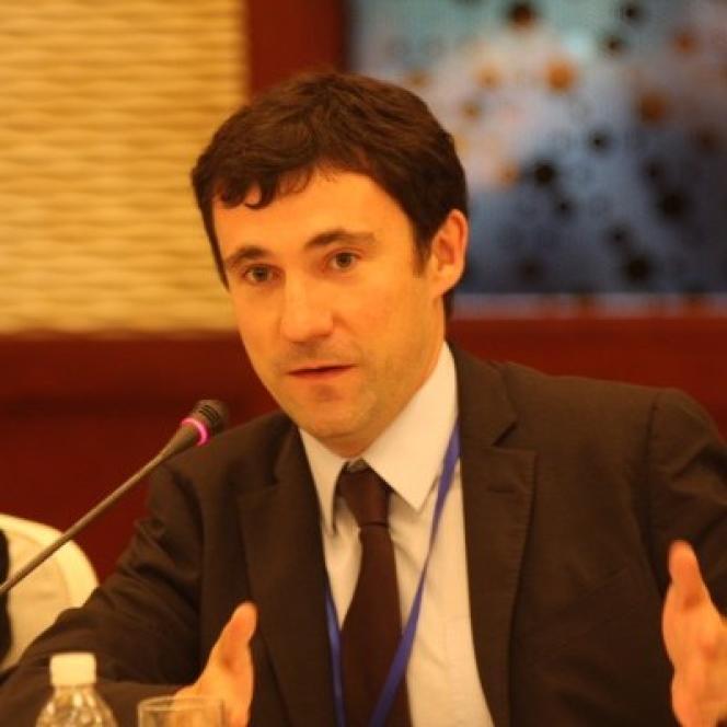 Mathieu Duchâtel.