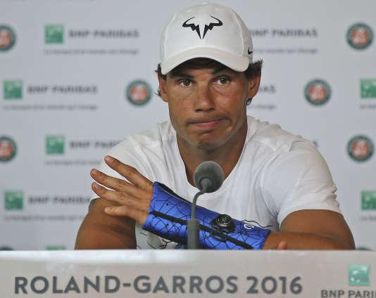Rafael Nadal, pendant sa conférence de presse à Paris, le 27 mai.