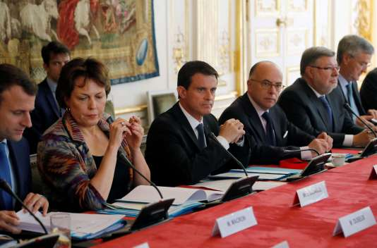 Le premier ministre Manuel Valls a reçu les acteurs de l'industrie pétrolière et ceux des transports à matignon le 28 mai.