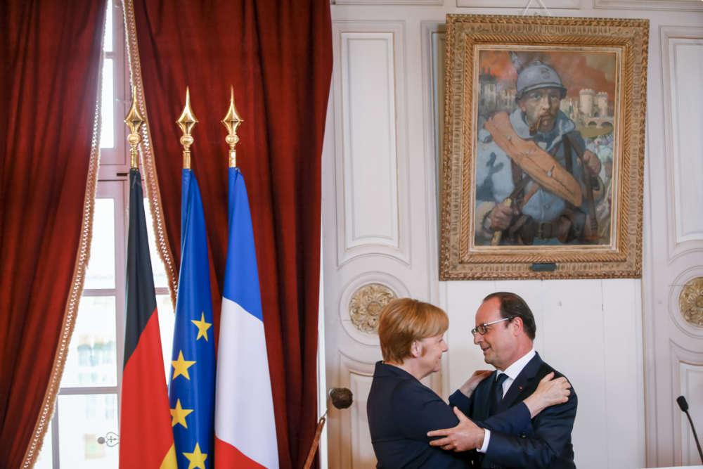 C'est la première fois qu'un dirigeant allemand est reçu à Verdun à cette occasion.
