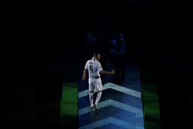 «Au-delà de la diversité des talents sportifs qui la composent, l'équipe de France de football doit-elle également être l'expression de la diversité de la France selon un système de quotas par origine » (Photo: Karim Benzema le 29 mai).