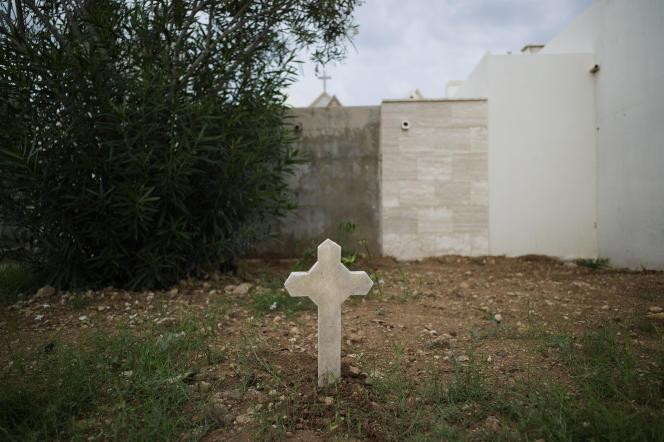 Une tombe anonyme de migrants à Lampedusa.