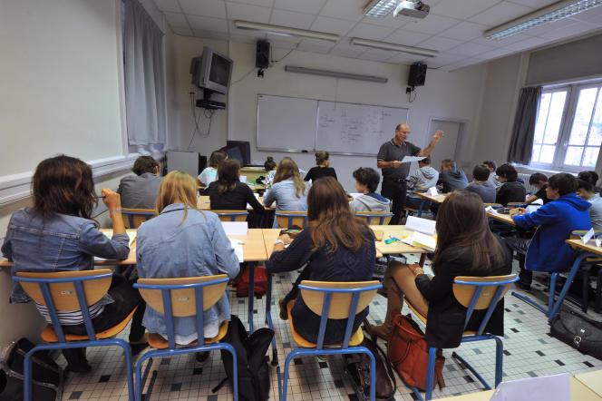 Cours au collège Gabriel-Guist'Hau de Nantes, en 2012.