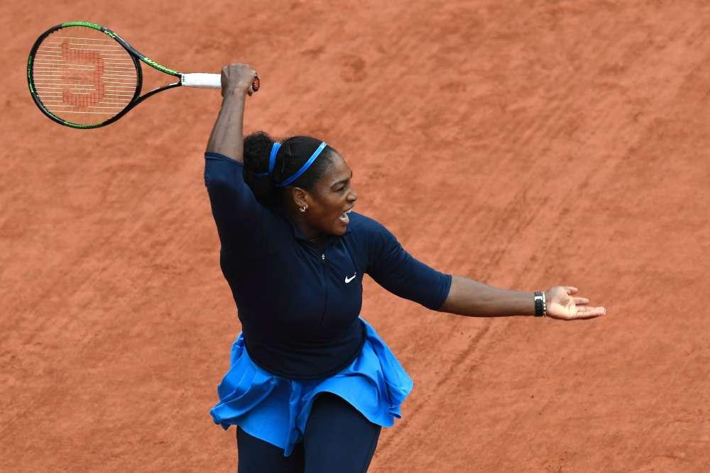 Serena Williams, 34 ans, n'a mis que 62 minutes pour se qualifier, mercredi 1er juin, pour les quarts de finale aux dépens de l'Ukrainienne Elina Svitolina, battue 6-1, 6-1.Victorieuse ici en 2002, 2013 et 2015, elle atteint ce niveau de la compétition pour la dizième fois.