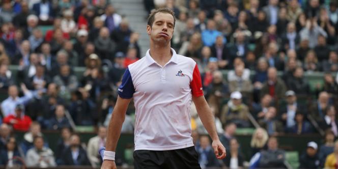 Richard Gasquet, lors de son quart de finale face à Andy Murray, le 1er juin, sur le central de Roland-Garros.