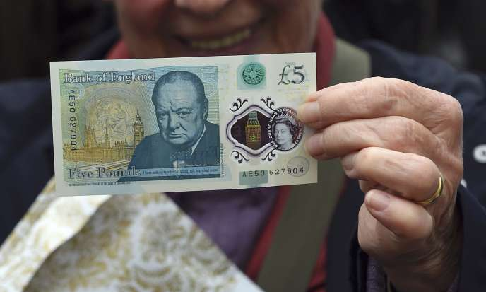 Le nouveau billet de 5 livres sterling, dévoilé à Oxfordshire, le 2 juin.