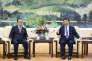 Xi Jinping (à droite) et Ri Su-yong à Pékin, le 1er juin 2016.
