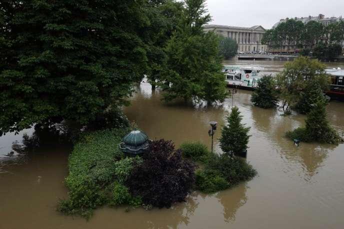La Seine en crue, le 3 juin 2016 à Paris.