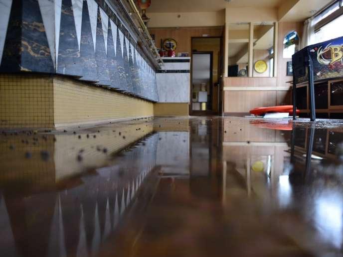 Le bar restaurant hôtel du Cadran, le vendredi 3 juin, à Longjumeau, dans l'Essonne.