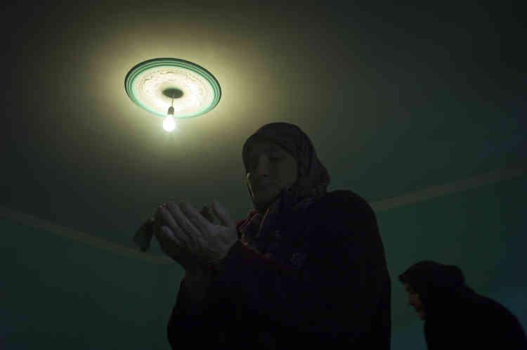 Dans la mosquée soufie de Duisi.