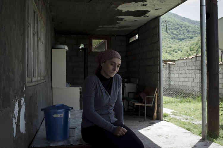 Tina Alkhanashvili, chez elle dans le village de Dumasturi.