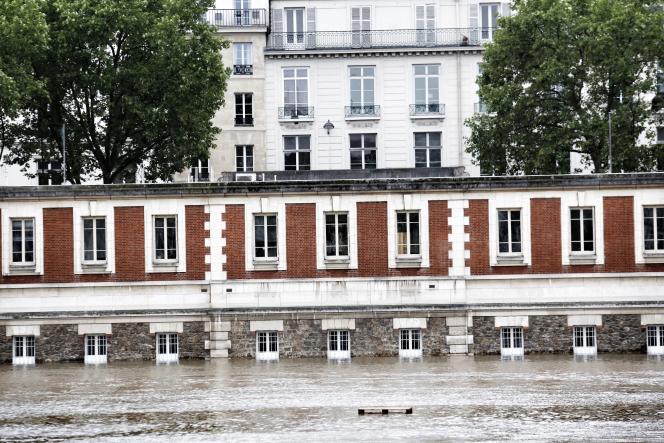 Les quais de Seine innondés dans le centre de Paris le 3 juin.