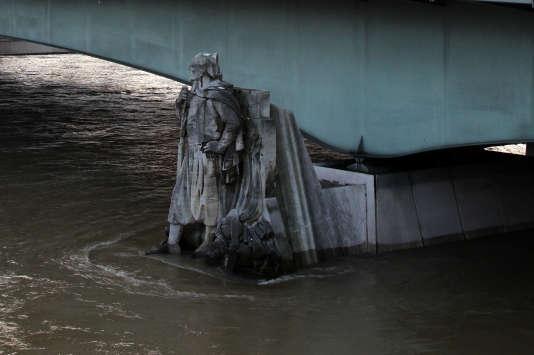 Le 26 décembre 2010, la Seine se situe à 3,7 m.