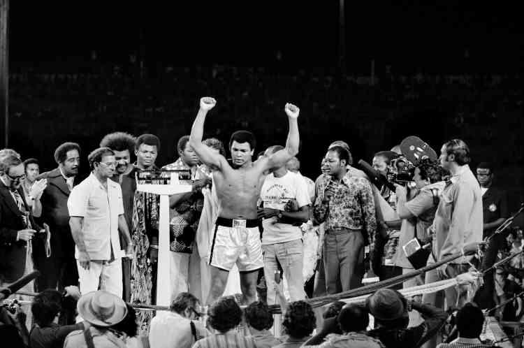 Dix ans après son premier titre, à 32 ans, Ali redevient « le plus grand » après un combat qui sera surnommé « The Rumble in the Jungle » (« Le grondement de la jungle »).