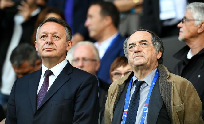Le secrétaire d'Etat chargé des sports, Thierry Braillard (à gauche) au côté du président de la Fédération française de football, Noël Le Graët, le4juin 2016 à Metz.