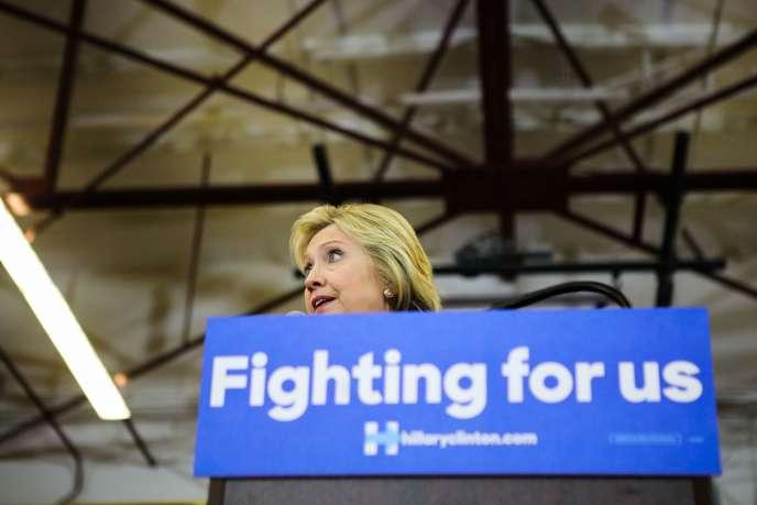 « J'aurai plus de trois millions de voix d'avance et, à la fermeture des bureaux de vote mardi, j'aurai une majorité significative des délégués issus des primaires », a déclaré, dimanche 5 juin, Hillary Clinton.