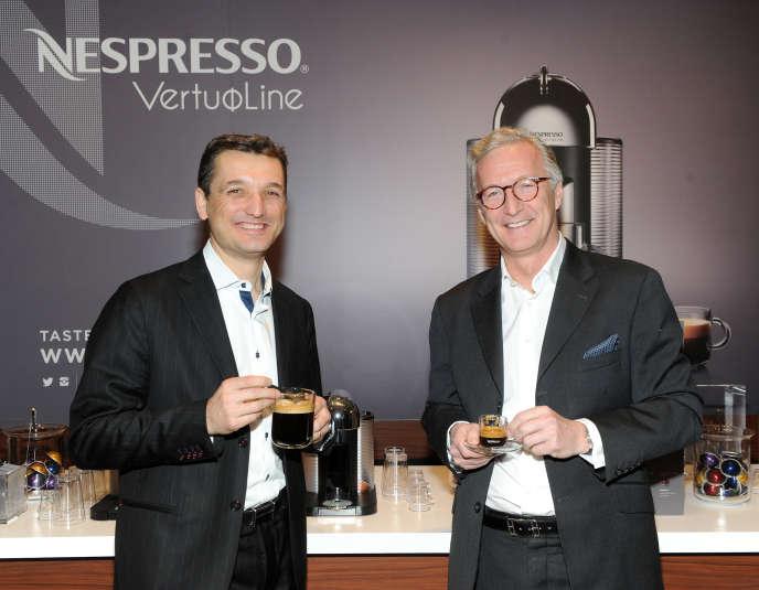 Frédéric Levy, président de Nespresso USA Inc., et Christophe Cornu, directeur commercial de Nestle Nespresso SA, fêtent le lancement de Nespresso VertuoLine, le19février 2016.