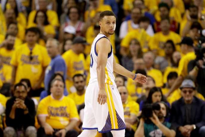 Stephen Curry lors du deuxième match de finale NBA face à Cleveland, le 5 juin à Oakland.