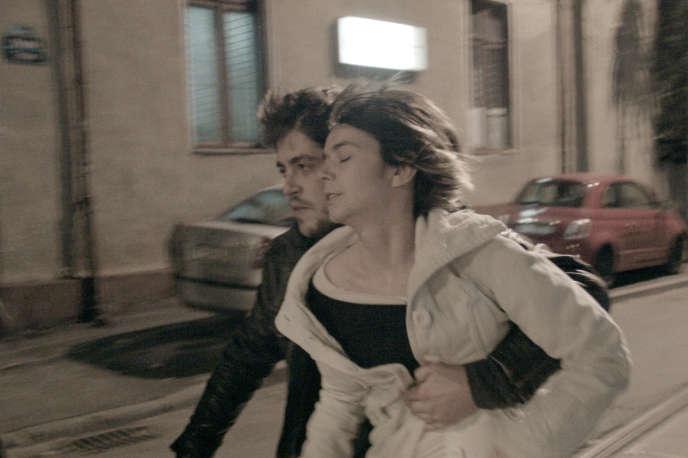 Robi Urs et Alina Grigore dans le film roumain d'Adrian Sitaru, « Illégitime» («Ilegitim»).