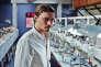 Pier Ulmann (Niels Schneider), en immersion professionnelle chez les diamantaires d'Anvers, dans le film français d'Arthur Harari, « Diamant noir».