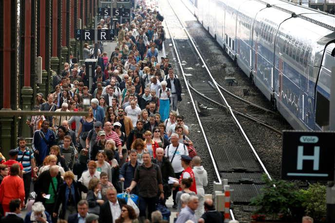 A la gare de Lyon, à Paris, mardi 7 juin.