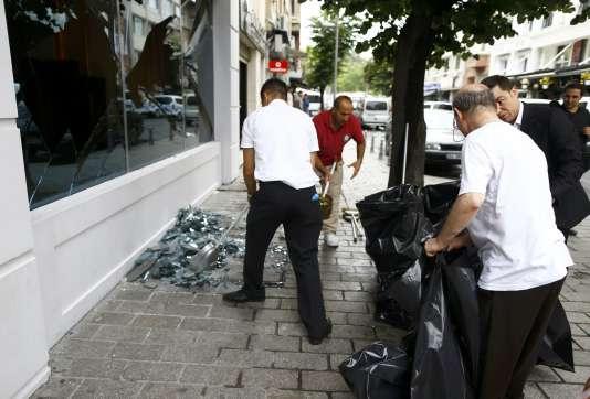 La violente explosion s'est produite près de la station de tramway de Vezneciler, proche des principaux sites touristiques du centre historique, dont la mosquée Souleymane.