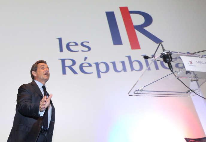 icolas Sarkozy, lors d'un meeting à Saint-Paul (La Réunion), le 2 mai.
