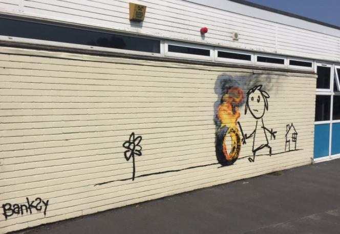 La fresque de Banksy découverte dans une école de Bristol, le 6 juin 2016.