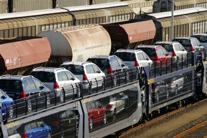 Le fret ferroviaire devrait encore perdre du terrain face à la concurrence de la route.