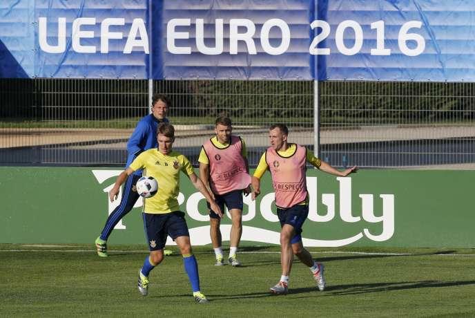 Les Ukrainiens à l'entraînement.