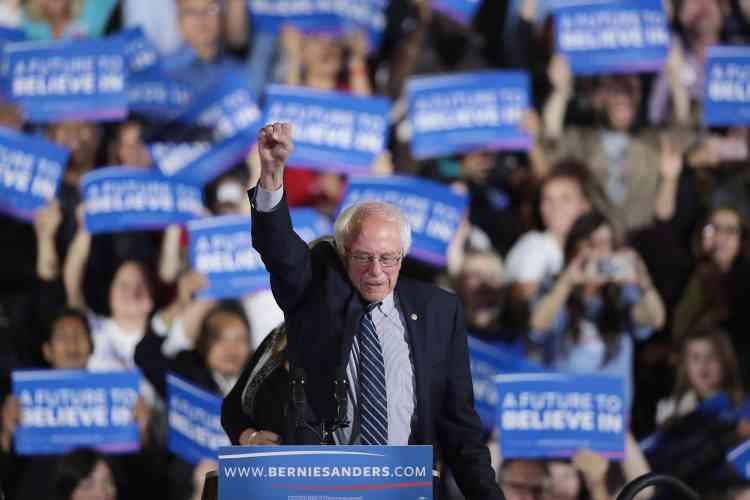 A Santa Monica, le 7juin. Alors que l'ancienne secrétaire d'Etat Hillary Clinton a réuni suffisamment de délégués pour remporter l'investiture démocrate, Bernie Sanders continue sa campagne.