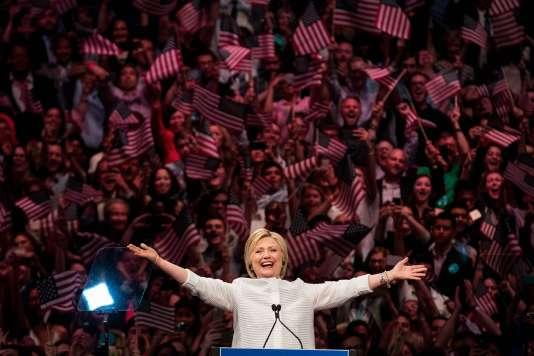 La candidate démocrate Hillary Clinton dans son quartier général de Brooklyn, à New York, mardi 7 juin 2016.