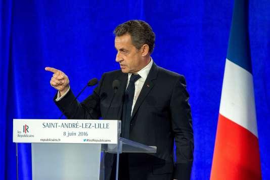 Nicolas Sarkozy lors de son discours à Saint-André-lez-Lille (Nord), le 8juin.