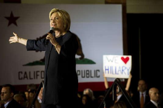 Pour la presse américaine,la victoire de Hillary Clinton est « une étape historique pour les femmes et les Etats-Unis ».