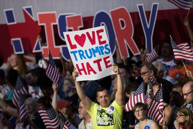 Des supporters d'Hillary Clinton à Brooklyn (New York) le 7 juin.