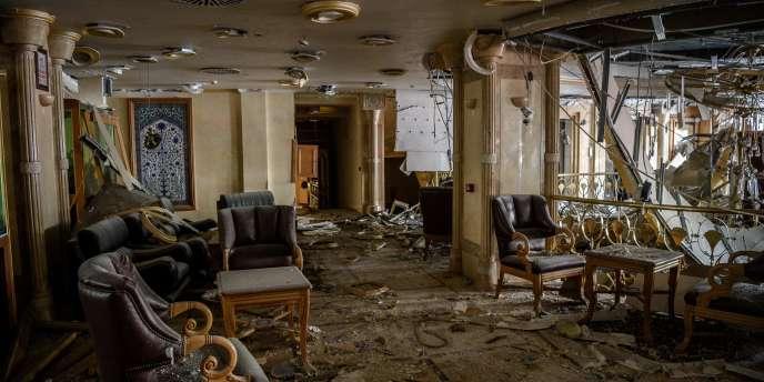 Dans un hôtel d'Istanbul, après l'attentat meurtrier de mardi 7 juin.