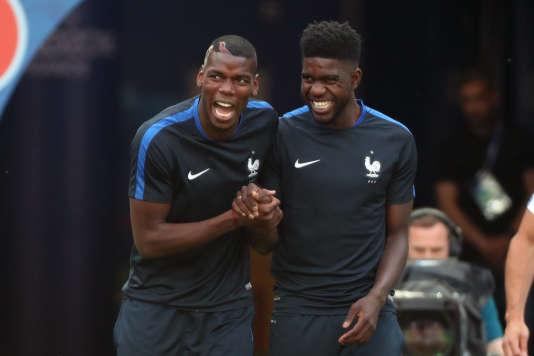 Paul Pogba et Samuel Umtiti ont été champion du monde avec l'équipe de France des moins de 20ans. (AP Photo/Thibault Camus)