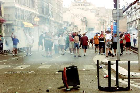 Incidents en marge du match Tunisie-Angleterre, le 14 juin 1998, à Marseille.
