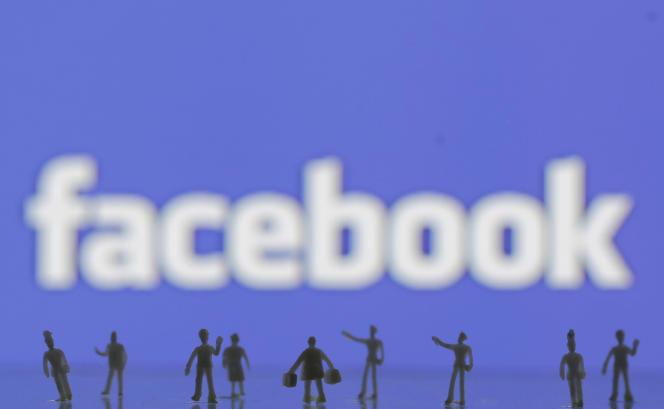 Sur Facebook, les publicités s'affichent même chez les utilisateurs de logiciels spécifiques.