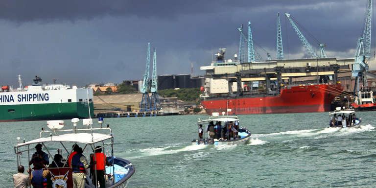 Navires dans le port kényan de Mombasa, le 9 décembre 2009.