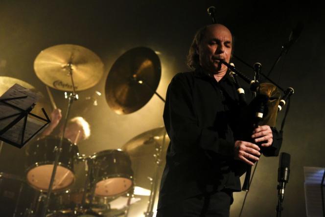 Le sonneur de cornemuse Patrick Molarda récemment sorti l'album«Ceol Mor – Light & Shade», sous le label breton Innacor.