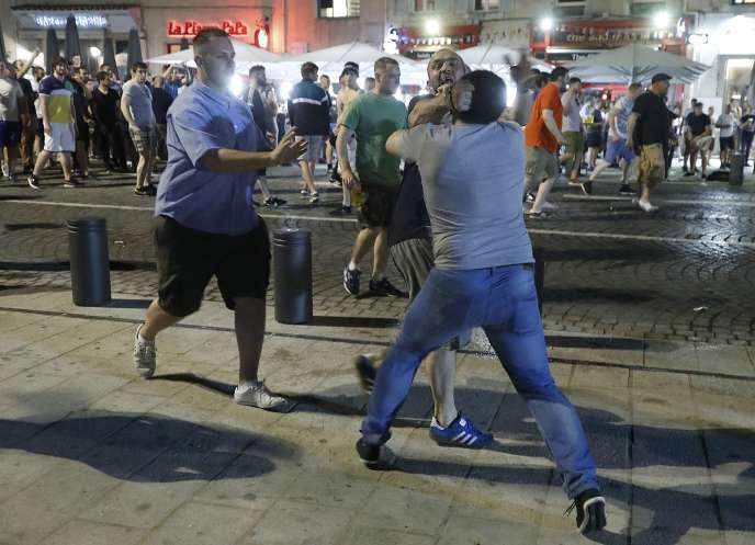 Heurts entre Marseillais et supporteurs britanniques, à Marseille, le 10 juin.