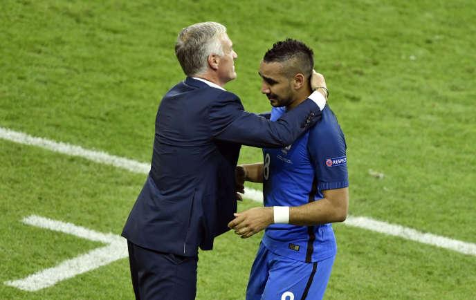 Didier Deschamps et Dimitri Payet, vendredi 10 juin au Stade de France.