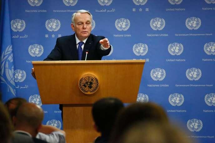 Le ministre des affaires étrangères français Jean-Marc Ayrault au siège des Nations unies vendredi 10 juin à New York.
